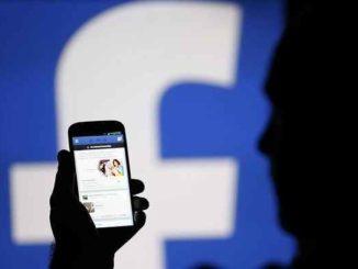 Facebook, nuove funzioni: live audio e post testuali multicolor