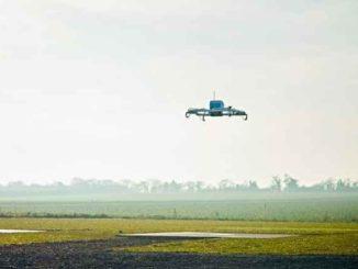 """Amazon deposita brevetto per magazzini """"volanti"""" per consegne con droni"""