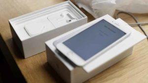 Caricabatterie Apple, pericolosi quelli contraffatti: attenzione agli acquisti online